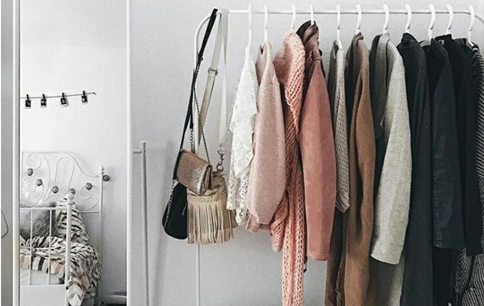 como-organizar-sua-arara-de-roupas2-1